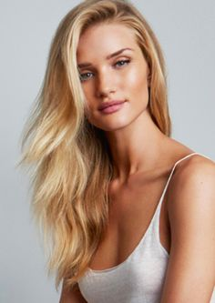 The flawless Rosie Huntington-Whitely