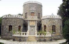 """""""Marele Templu"""", castelul Iuliei Haşdeu de la Câmpina."""