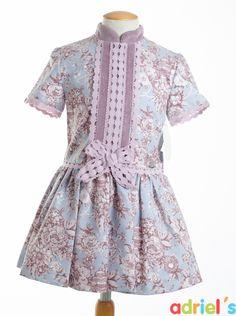Vestido estampado de Dolce Petit para niña.
