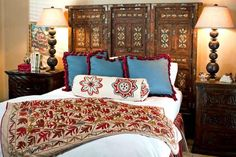 8 Best And Amazing Spanish Style Bedroom Furniture Design Ideas Mexican Style Decor, Spanish Style Decor, Spanish Style Homes, Spanish Colonial, Spanish Revival, Cabo San Lucas, Mexican Bedroom, Spanish Style Bathrooms, Spanish Bathroom