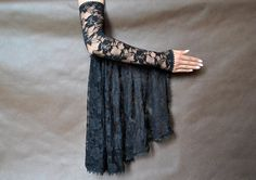 Elegant GOTHIC VAMPIRE costume Victorian Evening Glamour lace long GLOVES with mistic flounce, frill, black, lace fingerless mittens
