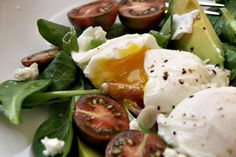 Breakfast Salad with Poached Egg & Prosciutto by sassandveracity #Salad #Breakfast #Egg #Prosciutto