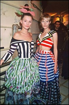 80s And 90s Fashion, Runway Fashion, Style Androgyne, Kate Moss Style, Moss Fashion, Gianni Versace, Atelier Versace, Vintage Versace, Glamour