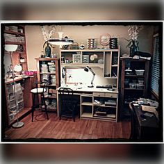 @le_jewelry_designs My studio! Where all the creativity happens! #etsy #lejewelrydesigns #handmadejewelry #etsyshop #jewelry #etsyseller #riojeweler #riopro