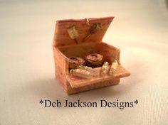 ••  De * DJD * antiguo, caja de vanidad de estilo finca en escala 12.