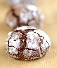 Chocolate Crinkle Cookies | Drop Cookie Recipe  http://www.italian-dessert-recipes.com/italian_cakes.html