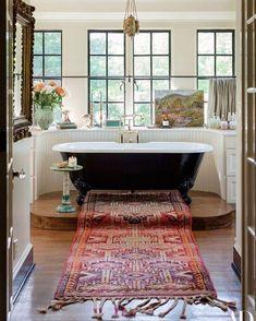 Lily Aldridge s Nashville Home Makes a Case for Bold Antiques Photos Architectural Digest Architectural Digest, Style At Home, Casa Hipster, Sweet Home, Vogue Living, Beautiful Bathrooms, Bathroom Interior, Bathroom Ideas, Eclectic Bathroom