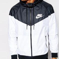 Nike windbreak NWT size large Nike Other