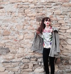 Malaspiga high fashion made in italy brand, floral print on silk blouse, beachwear tops, bluse seta stampata floreale, fashion blogger outfi...#top #blouse #nature #floral #style #girl #fashion #parka #tops #silk #seta #madeintaly #trend #summer #fashionblogger #fashionblog @Malaspiga #packaging #box #luxury #handmade
