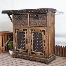 Tábua de madeira no armário com qualidade de confiança