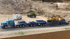 Peterbilt 357 Truck Tractor & Heavy Duty Lowboy - By Mark Kulak Ford Pickup Trucks, Peterbilt Trucks, Ford 4x4, Show Trucks, Big Rig Trucks, Heavy Duty Trucks, Heavy Truck, Ford Explorer Accessories, Model Truck Kits