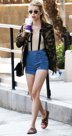 Emma Roberts tosses a Forever 21 camo jacket on to complete her weekend look. Look Fashion, Girl Fashion, Fashion Outfits, Fashion Tips, Fashion Capsule, Fashion Bloggers, Fashion Trends, Stores Like Forever 21, Mode City