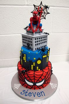 Spiderman Cake Ideas for Little Super Heroes - Novelty Birthday Cakes Spiderman Cake Topper, Spiderman Birthday Cake, Superhero Cake, Superhero Birthday Party, 4th Birthday, Birthday Ideas, Spider Man Party, Marvel Cake, Batman Cakes