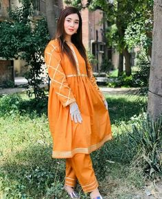 Long Frock, Frock Design, Frocks, Pakistani, Designer Dresses, Casual Outfits, Fashion Dresses, Suits, Stylish