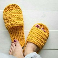 Crochet slippers easy DIY tutorial – Page 7 of 50 – hotcrochet .com Crochet slippers easy DIY tutorial – Page 7 of 50 – hotcrochet .com Crochet slippers easy DIY tutorial crochet,. Easy Crochet Slippers, Crochet Shoes, Knit Crochet, Blanket Crochet, Crochet Sandals, Crochet Style, Simple Crochet, Crochet Hair Styles, Crochet Bikini