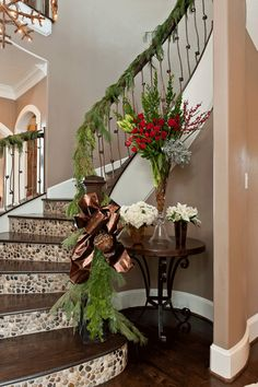 This type of staircase remodel is unquestionably an impressive design theme. Christmas Staircase Decor, Christmas Home, Christmas Decorations, Christmas Ideas, Cheap Home Decor, Diy Home Decor, Tile Stairs, Staircase Remodel, Stair Risers