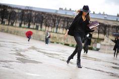 Blogger, Soraya Bakhtiar carrying the ELIE SAAB Poincaré bag during Paris Fashion Week.