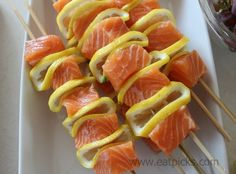 Grilled salmon & lemon kebabs are a super simple & delicious meal plan option! #mealplan #Salmon