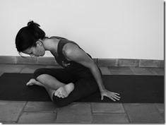 P1030949 Psoas Iliaque, Yoga Positions, Lotus, Relax, Positivity, Sports, Lower Stomach, Yoga Exercises, Chakra Meditation