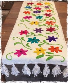 Marvelous Crewel Embroidery Long Short Soft Shading In Colors Ideas. Enchanting Crewel Embroidery Long Short Soft Shading In Colors Ideas. Mexican Embroidery, Crewel Embroidery Kits, Hand Work Embroidery, Embroidery Needles, Hand Embroidery Patterns, Machine Embroidery, Mexican Fabric, Fabric Painting, Table Runners