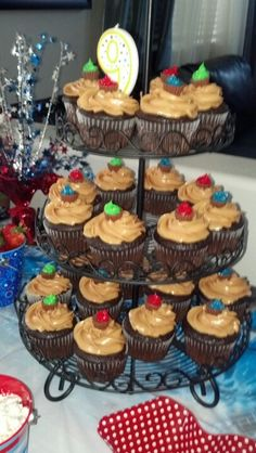 Peanut butter and chocolate cupcakes yummy