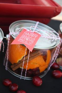 Simmer Pot recipes with free printable gift tags