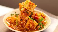 Favorite Tofu dish - Ever - Missing Pho Siagon in Massachusetts. Crisp tofu cooked in tomato-pepper sauce (dau hu sot ca) Tofu Recipes, Asian Recipes, Vegetarian Recipes, Cooking Recipes, Healthy Recipes, Ethnic Recipes, Savoury Recipes, Asian Foods, Vegan Meals