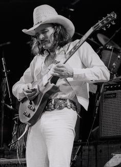 Dickey Betts of The Allman Brothers Band, Ladd Memorial Stadium, 1981. #music #history