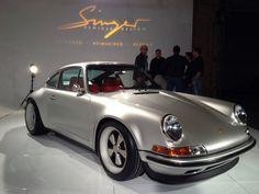 Starring: Singer Porsche 911 Byeduardo lopes