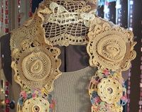 vintage doily scarf!! Definitely making some of these!!!!