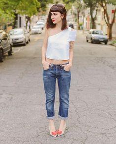 Look completo bem a minha cara: alfaiataria + jeans, acho ótimo quando eu…