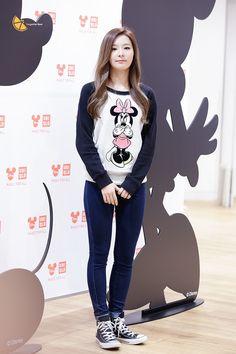 Red Velvet Seulgi Kpop Fashion 150821 2015