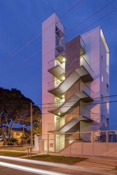 Edificio Castelli,© Ramiro Sosa