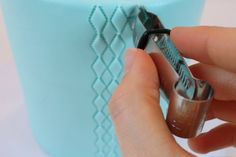 discovered the Fondant Crimper~A Blog Tutorial  my cake school