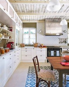 Reese Witherspoon Selling Family Home in LA  Kitchens and House