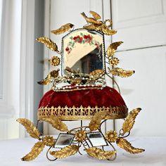19th Century French Ormolu Boudoir Wedding Display Stand & Bridal Tiara