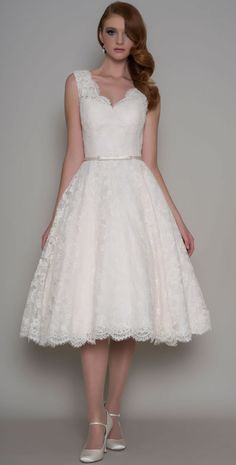 Short / Tea Length Wedding Dress