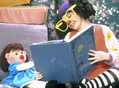 It Luna and Molly, a girl and her dolly on the Big Comfy Couch! ahh memories