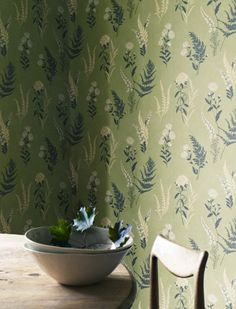 Stile botanico - Carta da parati con piante per arredare casa con il verde.