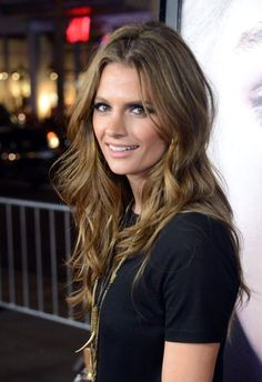 (7) Twitter Definitly the most beautiful woman on TV and movies