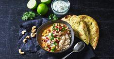 Vegetarisk indisk kikærtegryde | Opskrifter | Netto Vegan Dinners, Vegan Recipes, Vegan Food, Meat, Chicken, Drink, Inspiration, Cilantro, Vegans