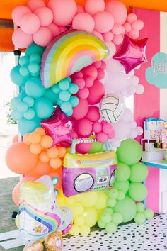 Modern and Girly Balloon Installation from a Modern Colorful Birthday Party on Kara's Party Ide Colorful Birthday Party, 10th Birthday Parties, Colorful Party, Birthday Bash, Birthday Balloon Decorations, Pool Party Decorations, Birthday Balloons, Decoration Party, 10e Anniversaire