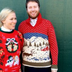 Vintage 90s Reindeer + Cabin Winter Scene Ugly Christmas Sweater
