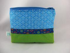Taschenorganizer - mini Bag flowers in hellblau - ein Designerstück von…