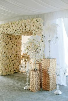 white wedding flowers Engage!13: Great Gatsby Wedding Theme