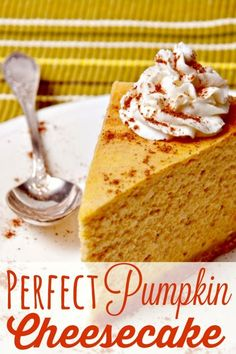 No Thanksgiving table is complete without both pumpkin pie and pumpkin cheesecake! This perfect pumpkin cheesecake recipe is creamy, delicious and oh so very good! It's the perfect Thanksgiving dessert! Perfect Pumpkin Cheesecake Recipe for Pum Pumpkin Cheesecake Recipes, Pumpkin Recipes, Fall Recipes, Holiday Recipes, Pumpkin Cheescake, Simple Recipes, 6 Inch Cheesecake Recipe, Cheesecake Crust, Raspberry Cheesecake
