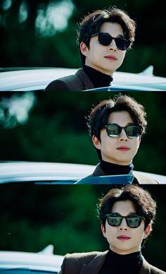 Goblin - Gong Yoo - Guardian: The Lonely and Great God Asian Actors, Korean Actors, Korean Dramas, Gong Yoo Goblin Wallpaper, Goblin Korean Drama, Goong Yoo, Goblin Gong Yoo, Goblin Kdrama, Yoo Gong