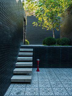 terraza de josefina passalacqua Samba, Sidewalk, Stairs, Park, Home Decor, Mediterranean Garden, Gardens, Environment, Verandas