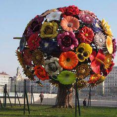 Sculpture- Metal flower tree.