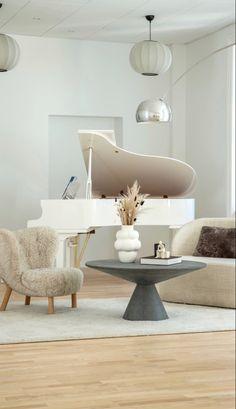 Home Living Room, Living Room Designs, Living Room Decor, Living Spaces, Interior Exterior, Home Interior Design, Interior Decorating, Decoration, Interior Inspiration